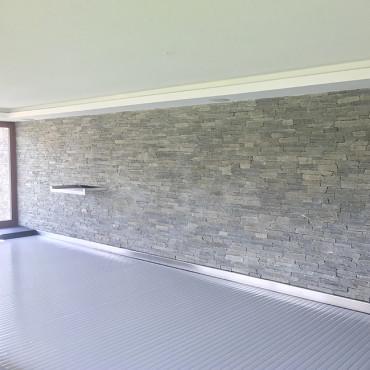 Pool wall and natural stone