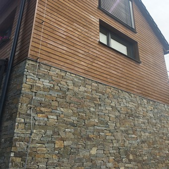 Facade from natural stone - Montego Gray